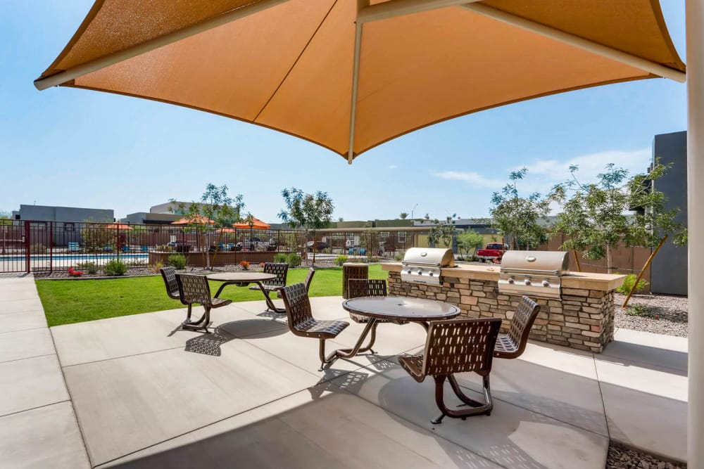 BBQ area at Avilla Camelback Ranch in Phoenix, Arizona