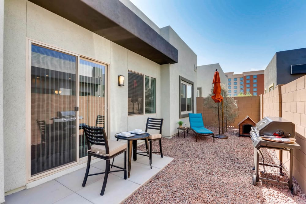 Avilla Deer Valley offers apartments with backyard in Phoenix, Arizona