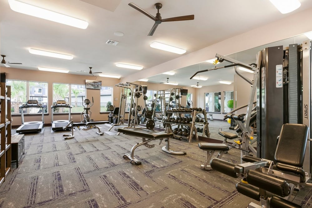 Fully-equipped fitness center at Plum Creek Vue in Kyle, Texas
