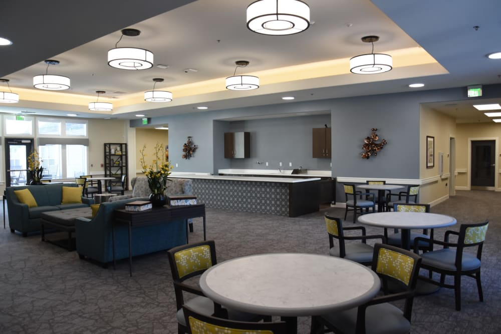 Dining and community space at Shadow Mountain Memory Care in Phoenix, Arizona