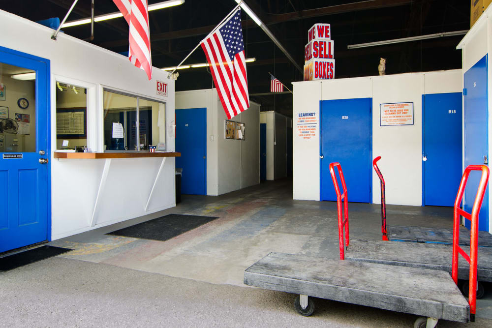 Entrance to the office with carts and packing supplies available at A-American Self Storage in Santa Barbara, California
