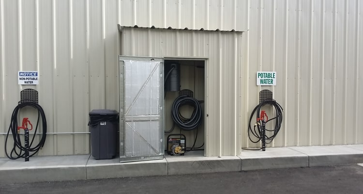 Interstate U-Stor offers free use of water at Reno, Nevada