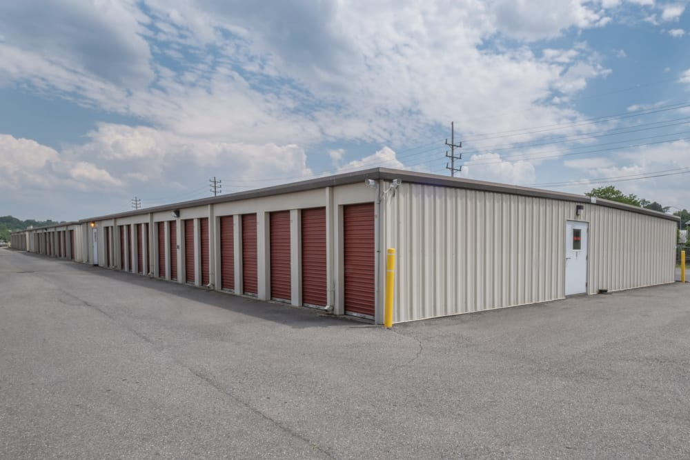 Easy access, even with large trucks, to these drive-up storage units in Roanoke