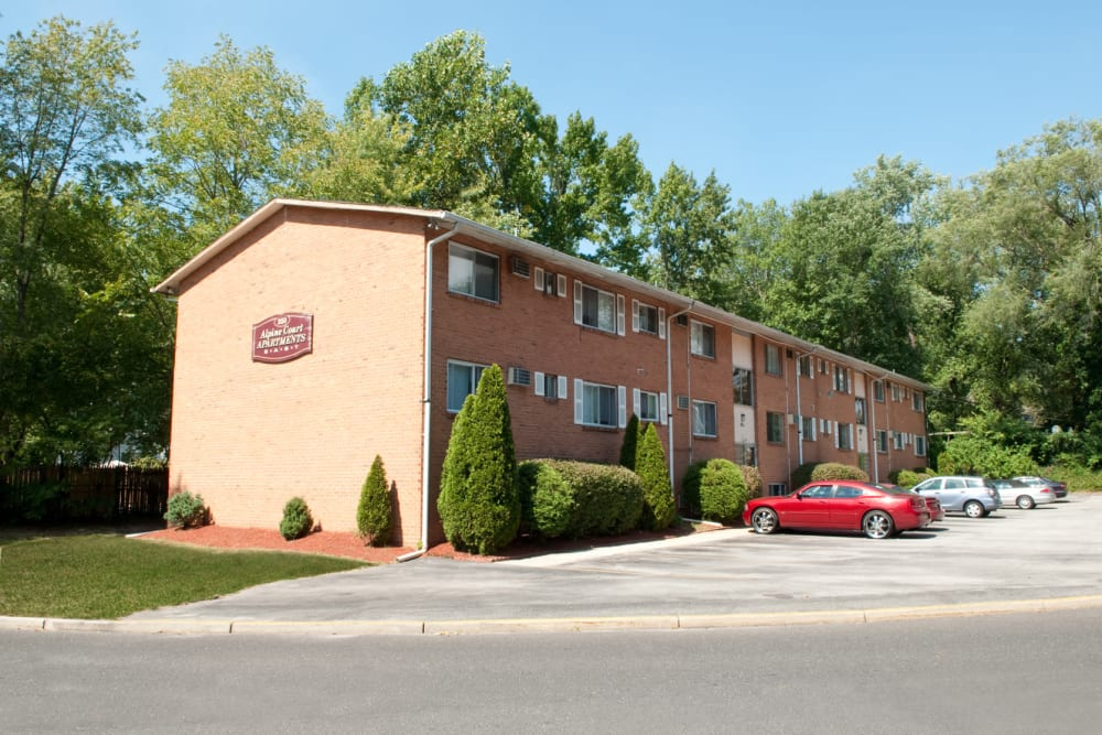 Exterior parking lot at Alpine Court East Apartments in Lindenwold, New Jersey