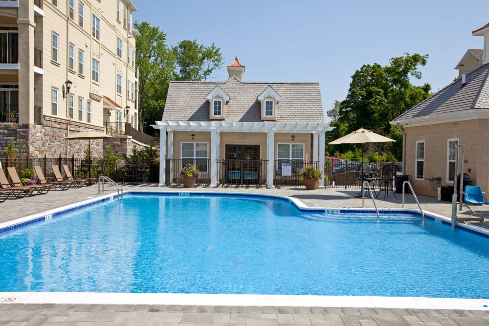 Sparking pool at Presidential Place Apartments in Lebanon, New Jersey