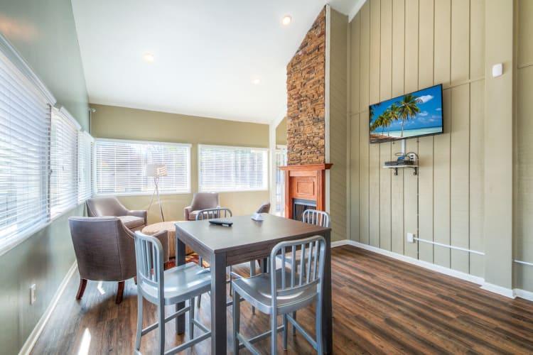 Dining room at The Flats at Arrowood in Charlotte, North Carolina
