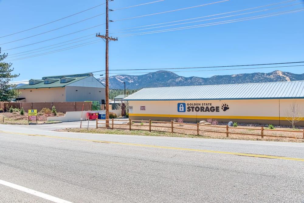 Exterior view of Golden State Storage - Big Bear in Big Bear, California