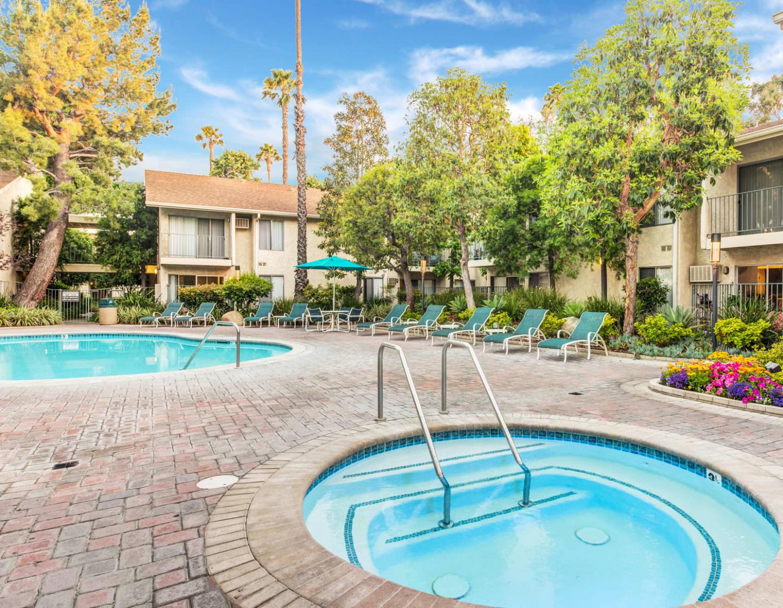 Spa near the swimming pool at Village Pointe in Northridge, California