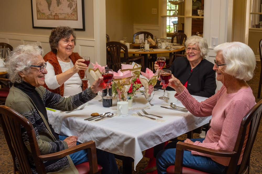 Residents having a drink at Gables of Ojai in Ojai, California