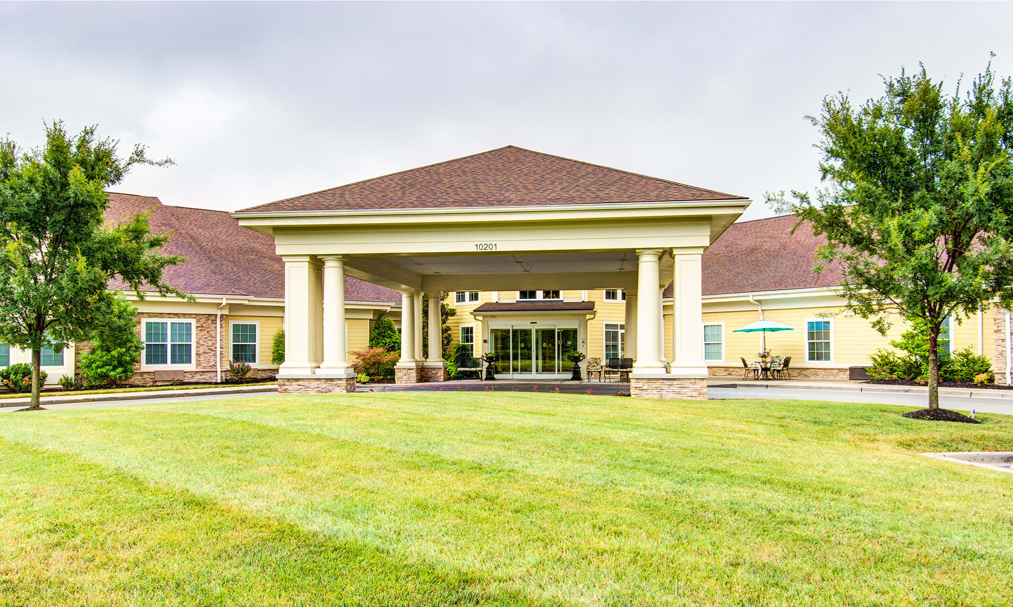 Symphony at Valley Farms senior living in Louisville, Kentucky