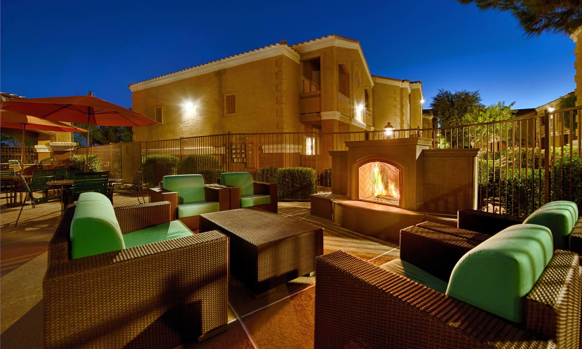 Apartments at 2150 Arizona Ave South in Chandler, Arizona