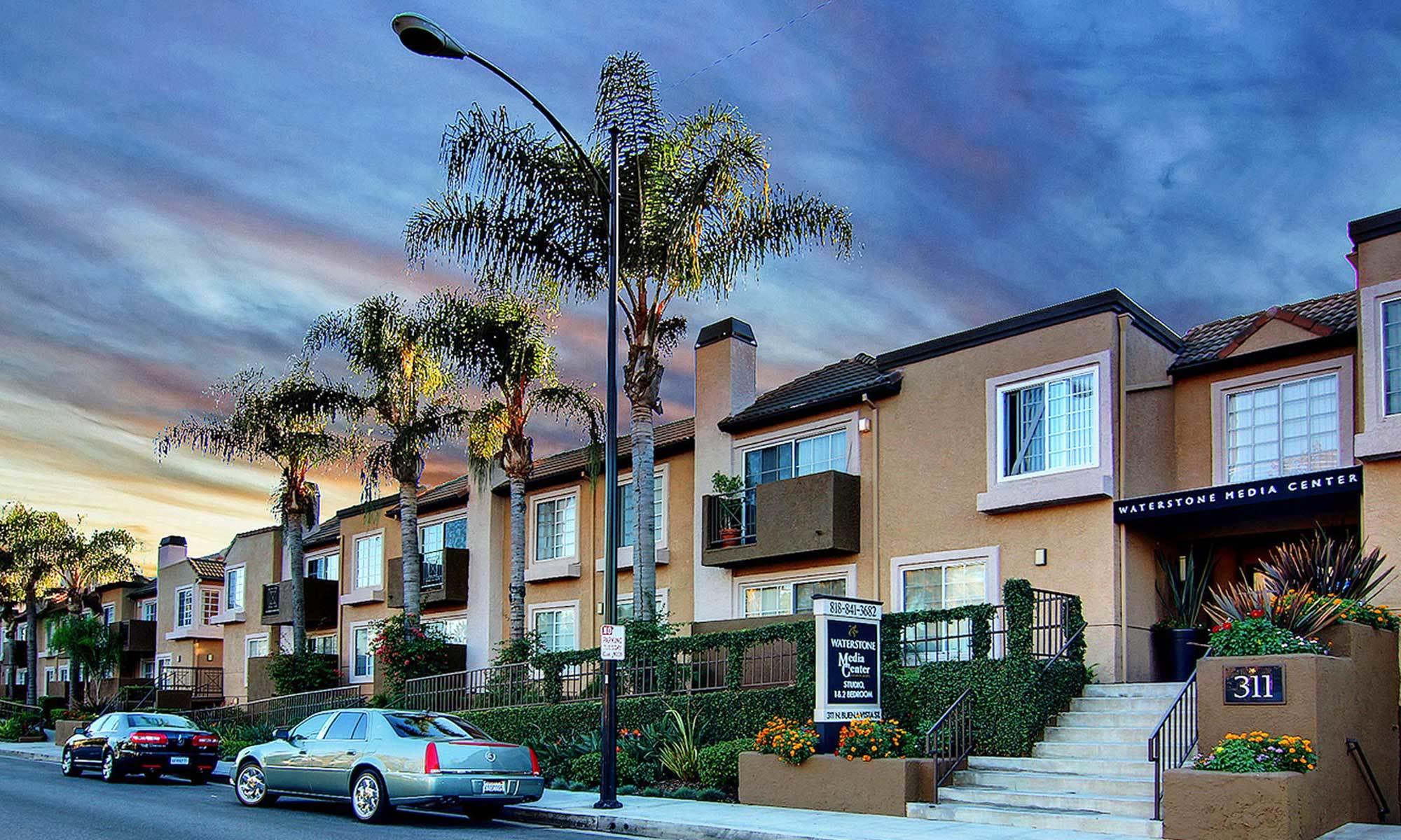 Burbank Ca Apartments For Rent Near Magnolia Park Waterstone Media Center