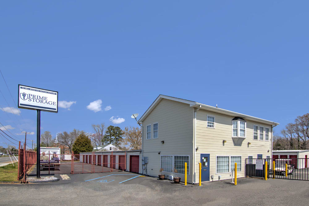 Exterior view of Prime Storage in Newport News, Virginia