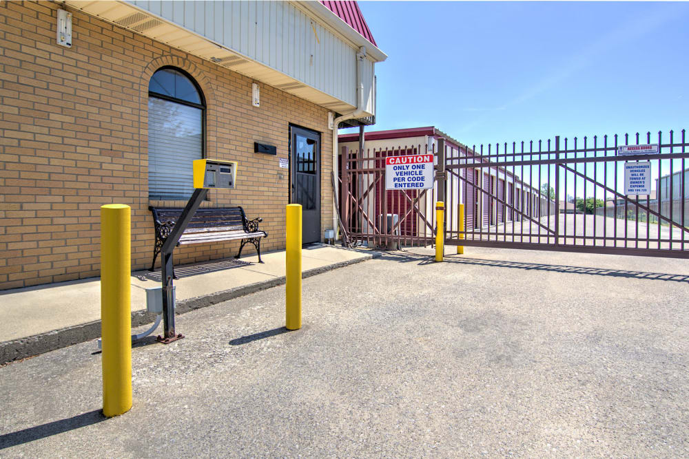 Security Fence at Safe Storage in Nicholasville, Kentucky