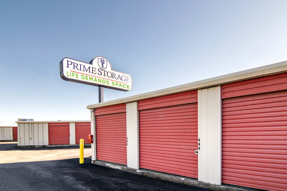 Outdoor storage unit at Prime Storage in Albany, NY