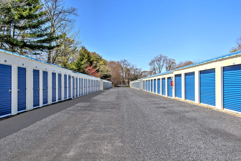 Wide drive way at A Safe Keeping Self Storage in North Cape May, New Jersey