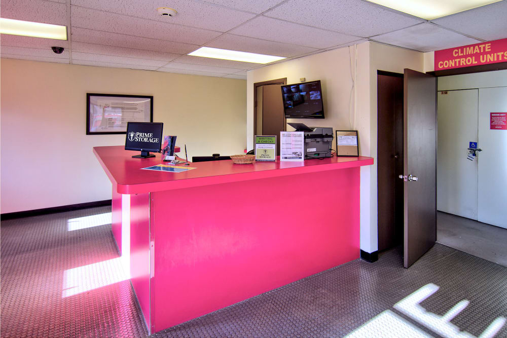 Leasing desk at Prime Storage in Lindenwold, New Jersey