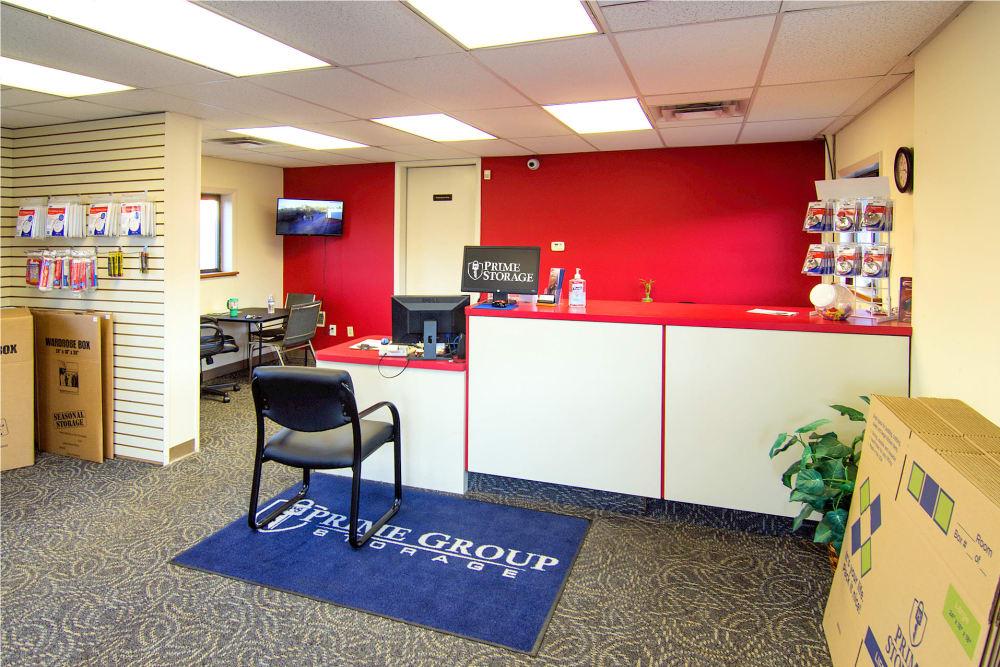Leasing desk at Prime Storage in Albany, NY