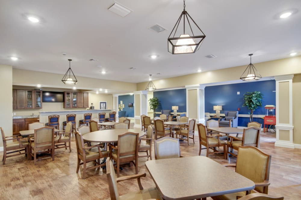 Spacious dining room at Keystone Place at Terra Bella in Land O' Lakes, Florida