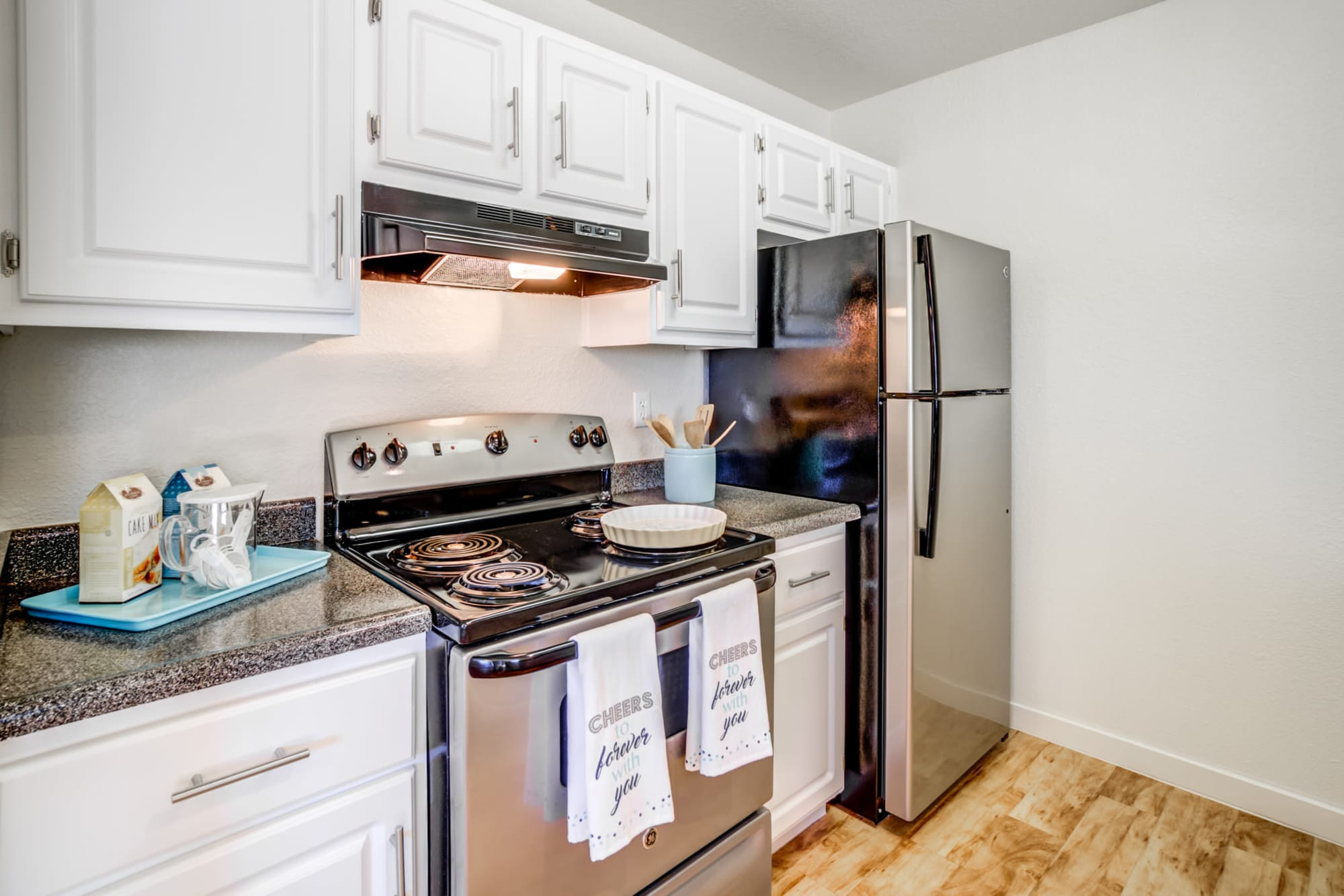 Fully Equipped Kitchen with Stainless steel appliances at Sommerset Apartments in Vacaville, CA
