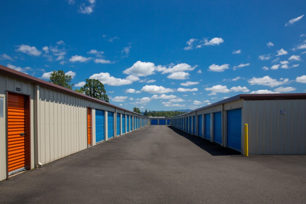 Wide driveway between storage units at Battle Ground Mini Storage in Battle Ground, Washington