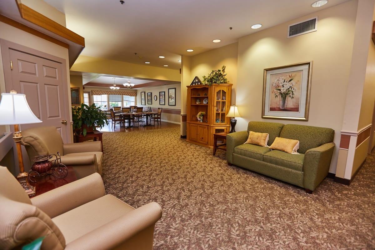 Lounge seating for residents at Farmington Square Tualatin in Tualatin, Oregon