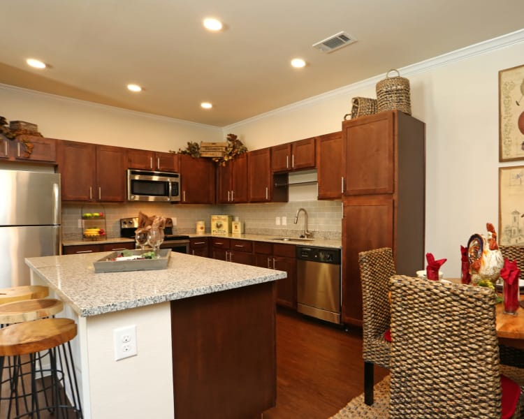 Fully equipped kitchen at Longhorn Crossing