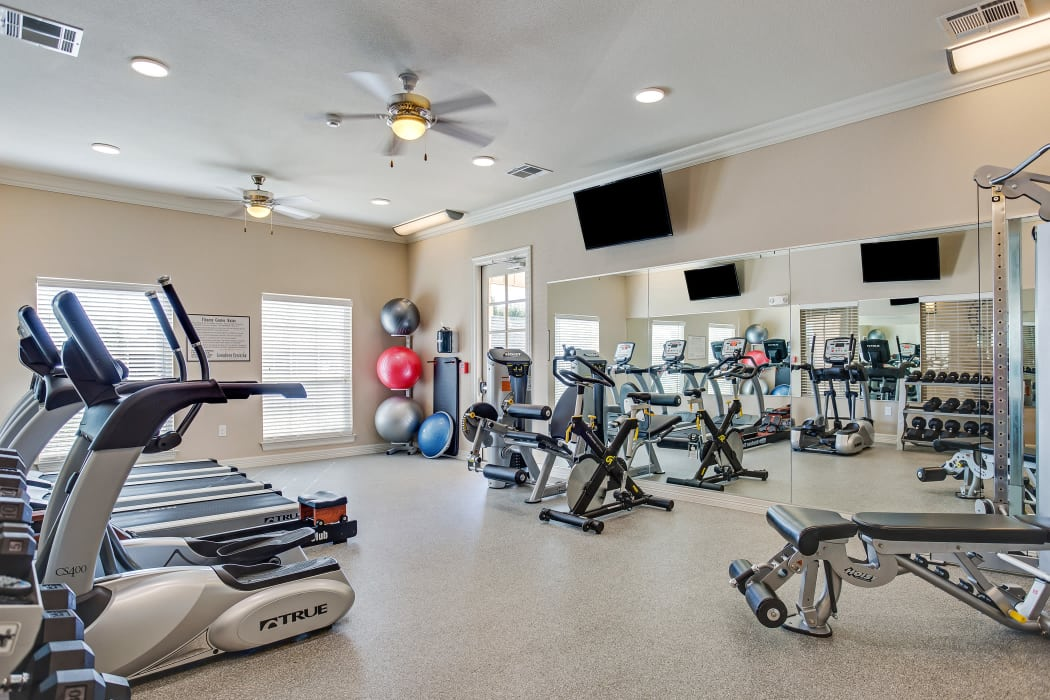 Fitness center at Longhorn Crossing