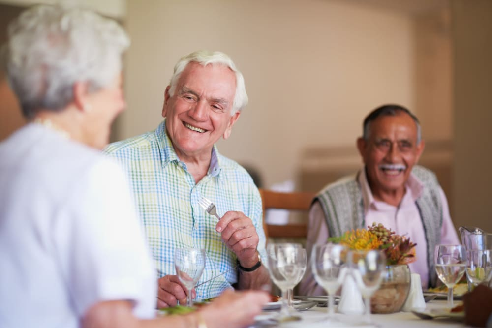 Residents enjoy restaurant style dining at Carolina Assisted Living in Appleton, Wisconsin.