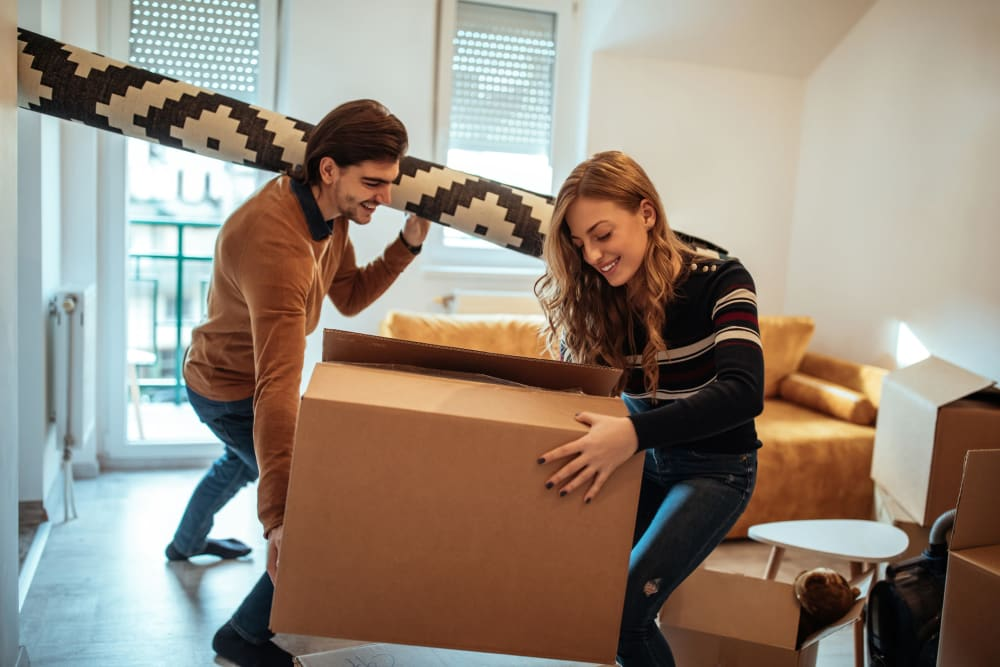 Couple packing up apartment near A-American Self Storage in Los Angeles, California