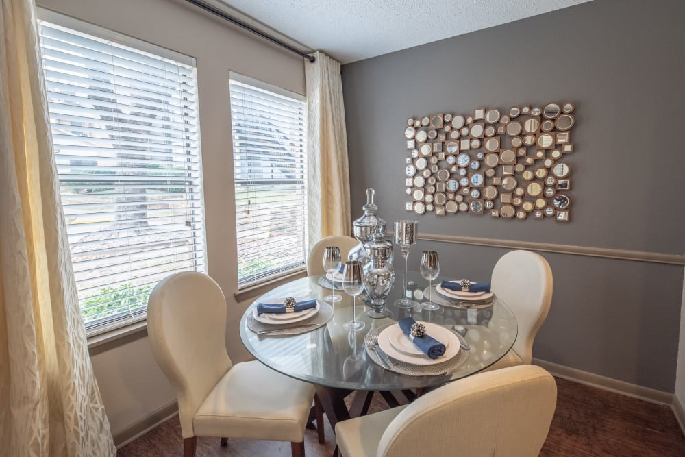 Breakfast nook in a model home at Ridgeview Place in Irving, Texas