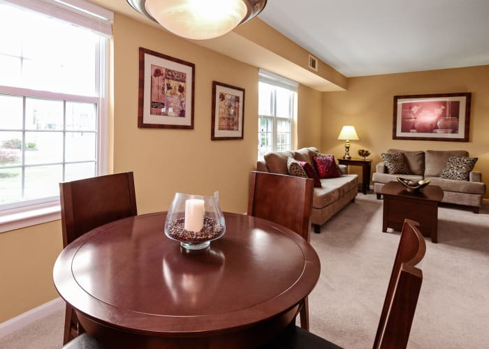 Montgomery Manor Apartments & Townhomes offers a fully equipped kitchen in Hatfield, PA