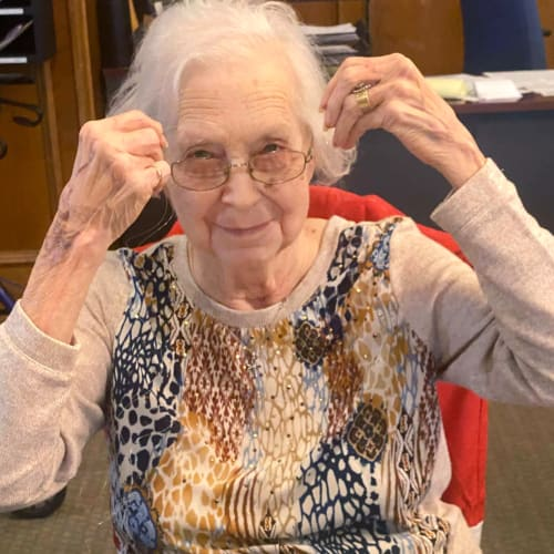 A happy resident at Canoe Brook Assisted Living in Ardmore, Oklahoma