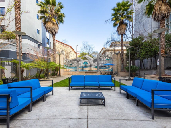 Comfortable outdoor seating in the courtyard at K Street Flats Apartment Homes in Berkeley, California