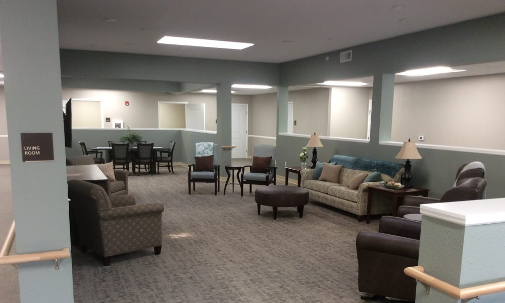 Common area living room at Serenity in East Peoria, Illinois