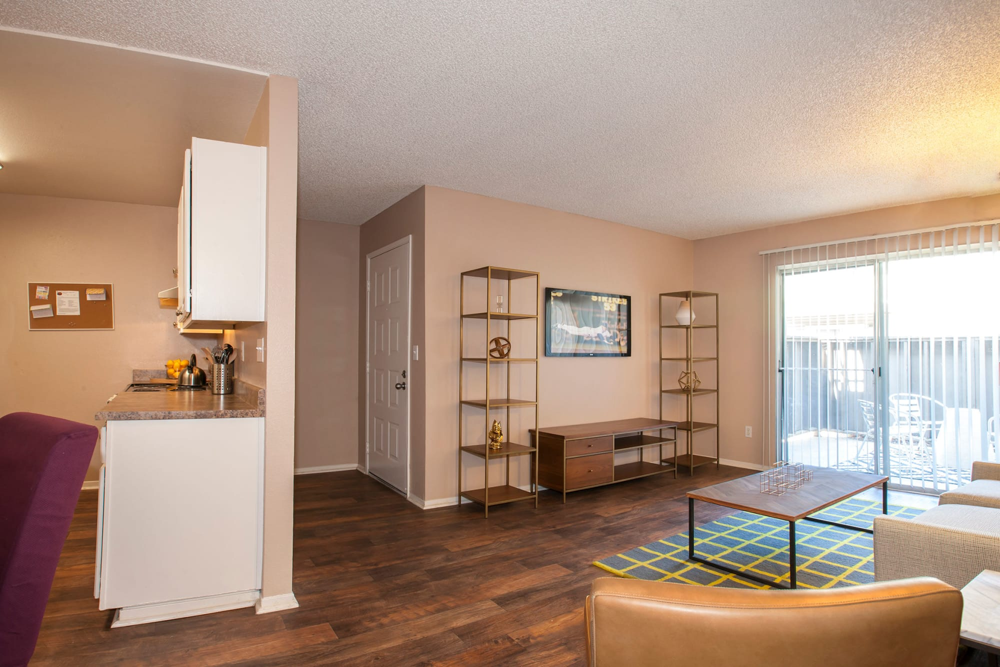 Spacious Living Room  at The Woodlands Apartments