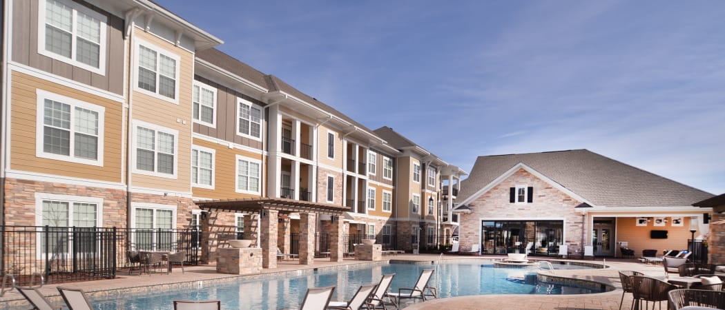 Exterior resident building at Red Knot at Edinburgh in Chesapeake, VA
