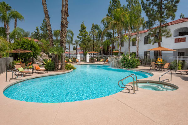 Beautiful swimming pool at San Antigua in McCormick Ranch in Scottsdale, Arizona