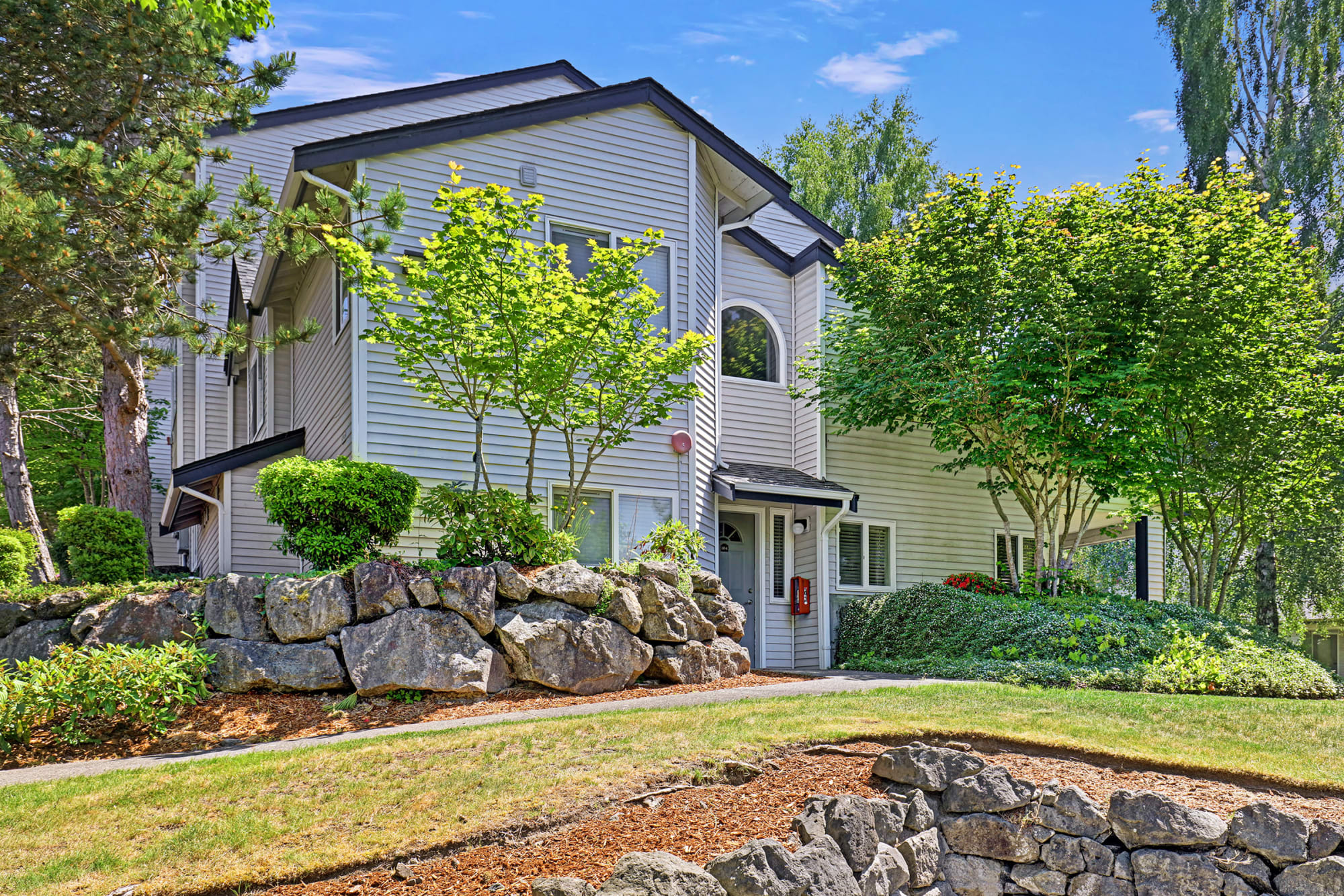 Thoughtfully maintained exterior and grounds at Cascade Ridge in Silverdale, Washington