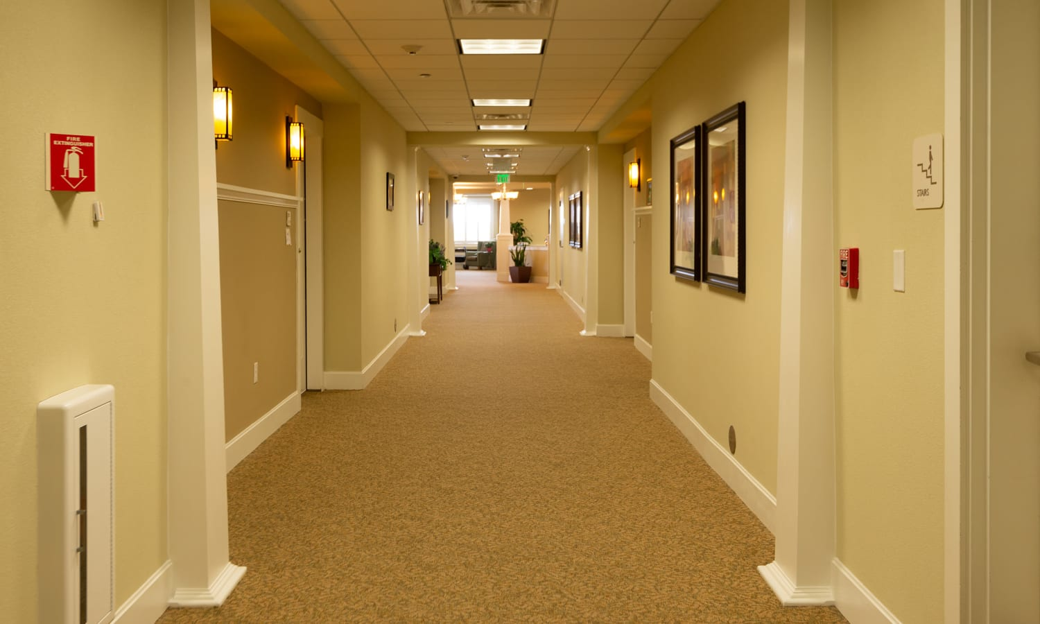 interior carpeted hallway at MacArthur Hills in Irving, Texas