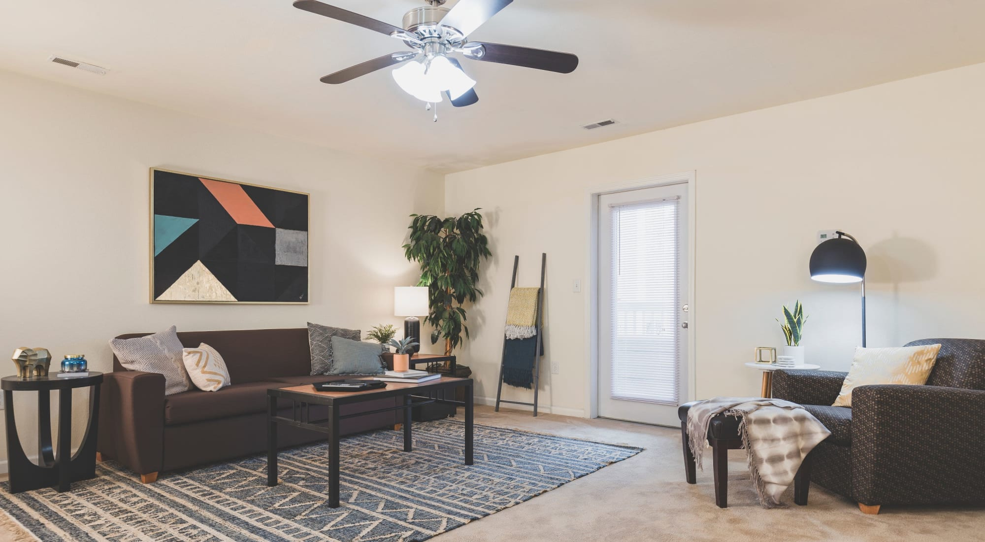 Living room at Sunchase Apartments