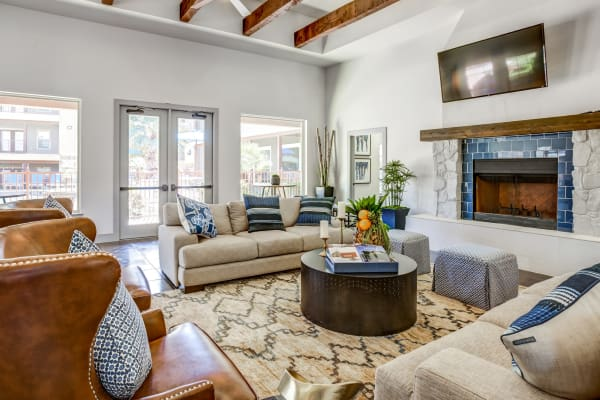 Beautiful living room at Azul Apartment Homes