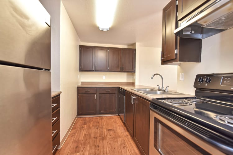 Model kitchen at Preserve at Sunnyside Apartments