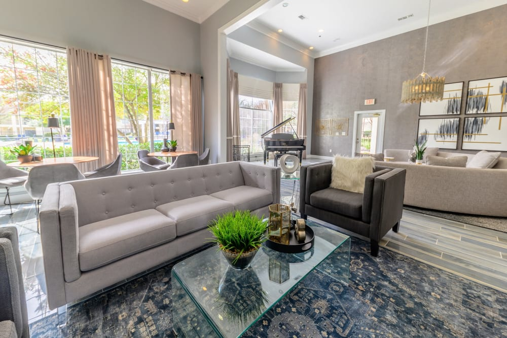 Beautifully furnished resident clubhouse lounge at 23Hundred @ Ridgeview in Plano, Texas