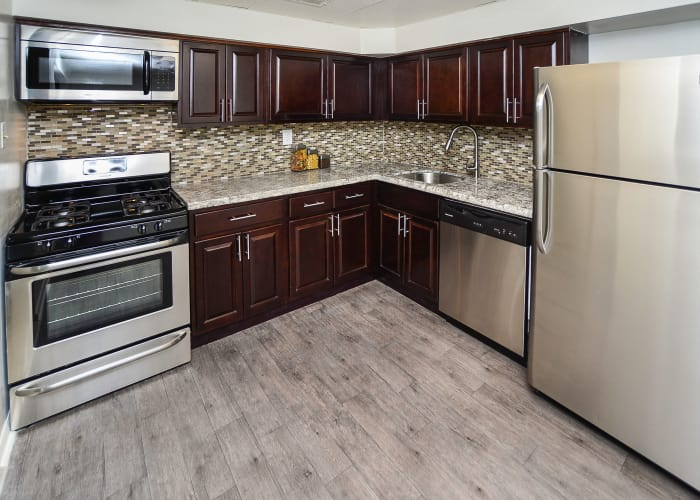 Montgomery Woods Townhomes offers beautifully renovated kitchens