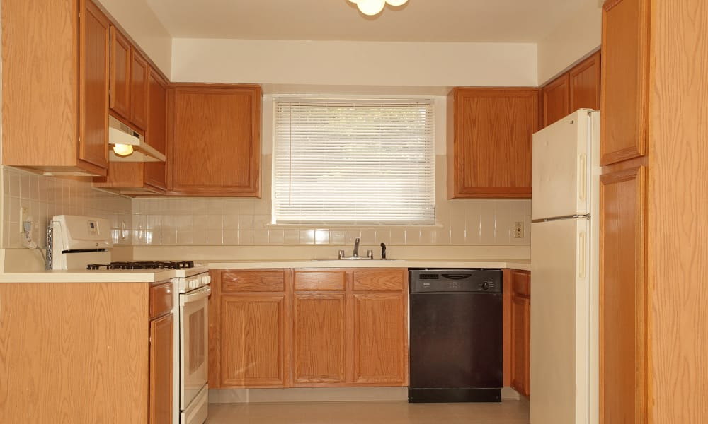Beautiful kitchen at apartments in Eatontown, NJ