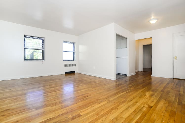 Spacious apartments at Market Street Apartment Homes in Perth Amboy, New Jersey