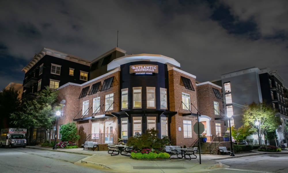 Our beautiful apartments in Hapeville, Georgia showcase a clubhouse