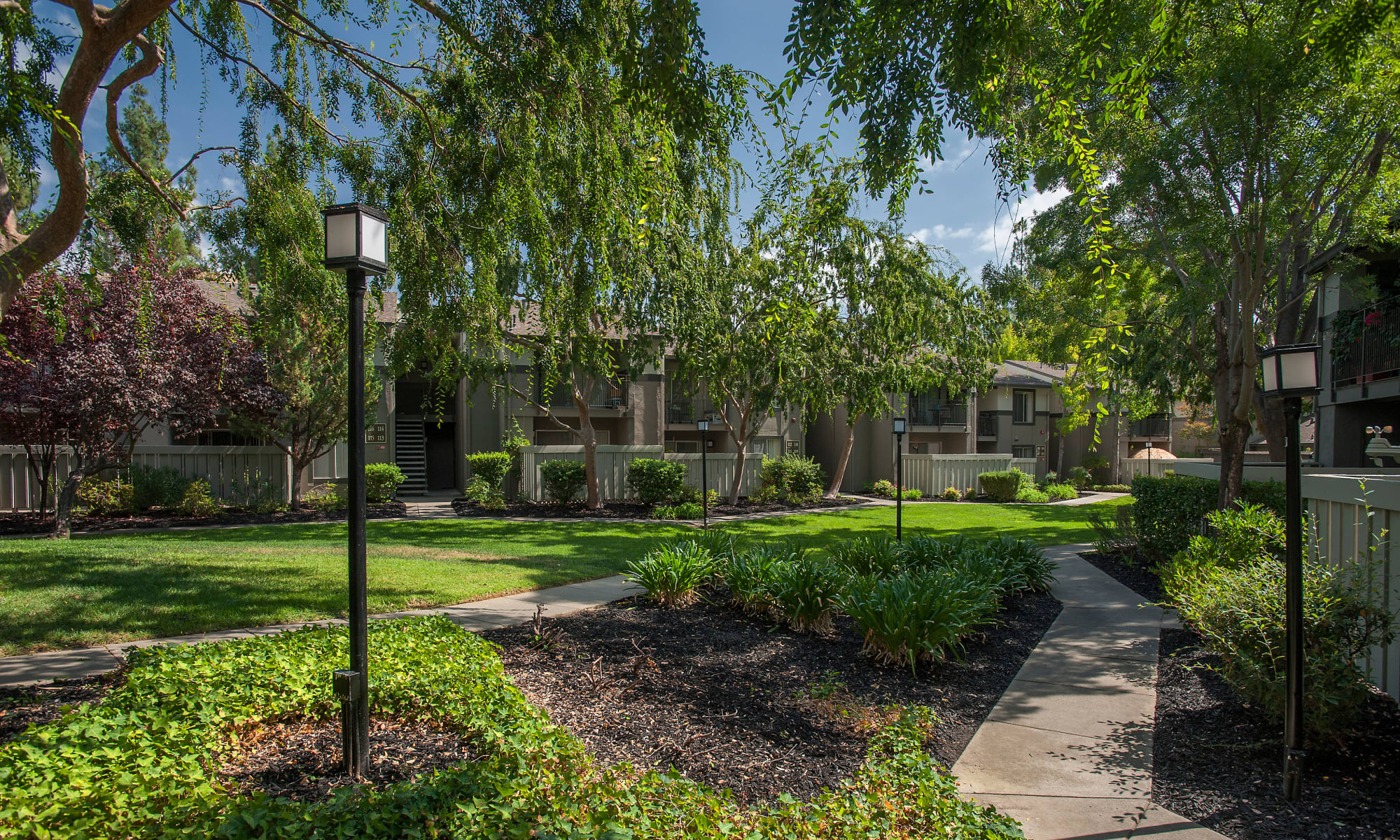 View photos of our affordable property at Valley Ridge Apartment Homes in Martinez, California