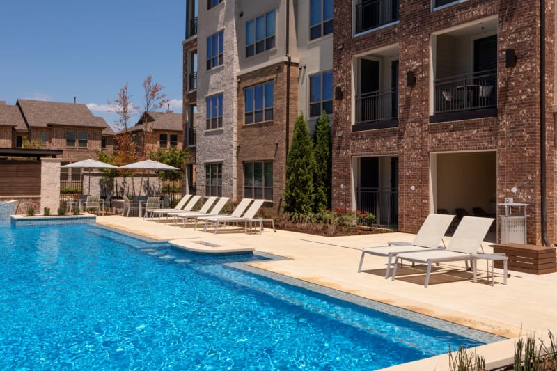 Massive pool at Domain at Founders Parc in Euless, Texas